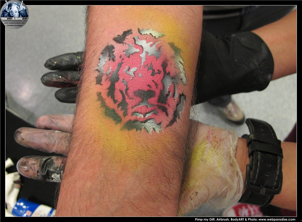Karstadt Tourkarstadt Airbrush Tattoo Custom Painting Pimp My Gift